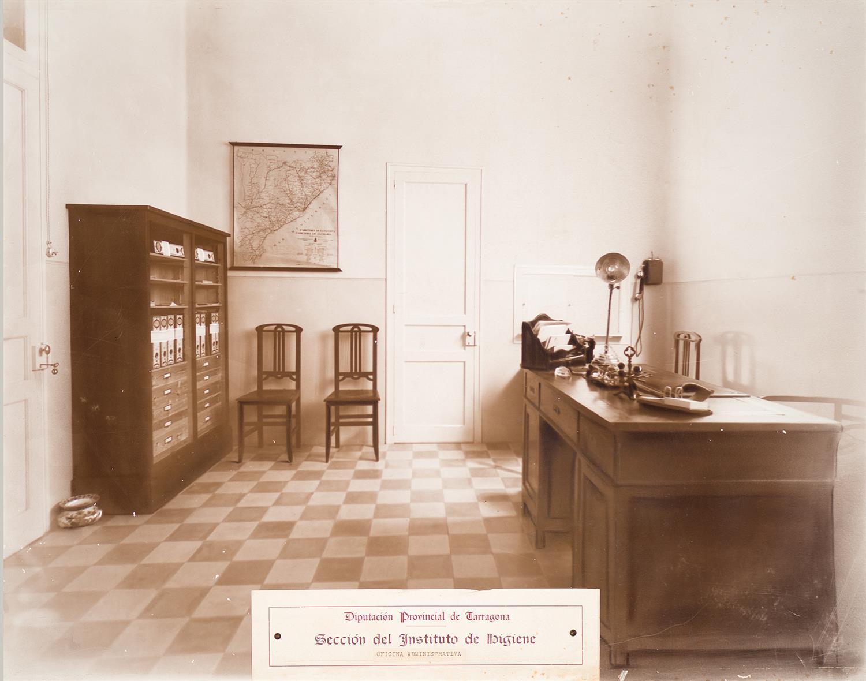 Tarragona. Institut d'Higiene. Oficina Administrativa | Vallvé Vilallonga, Hermenegild