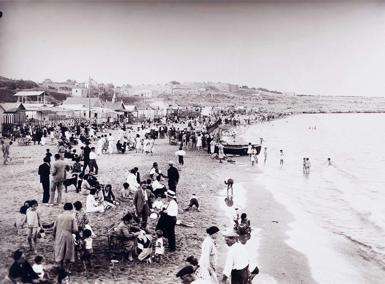 Tarragona. La platja del Miracle   Vallvé Vilallonga, Hermenegild