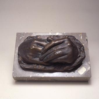 Mans de la mare de Julio Antonio | Aventín Llanas, José María