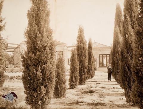 Tarragona. Casa de Beneficència. Pati i escoles | Vallvé Vilallonga, Hermenegild