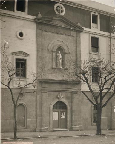 Tarragona. Casa de Beneficència. Façana de la capella | Vallvé Vilallonga, Hermenegild
