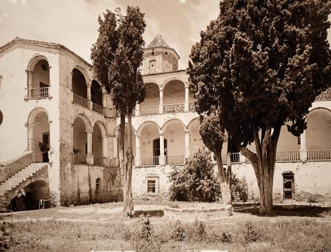 Monestir de Santes Creus. Palau de l'Abat. Claustre | Vallvé Vilallonga, Hermenegild