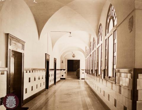 Tarragona. Casa de Beneficencia. Escola. Passadís | Vallvé Vilallonga, Hermenegild