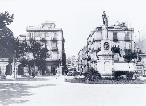 Tarragona.Vista de la Plaza de Olozaga | Vallvé Vilallonga, Hermenegild